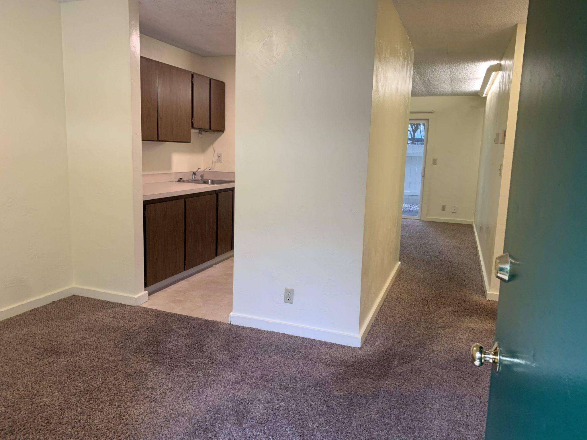 1805 Garden Ave. Unit#: 14 Eugene, OR